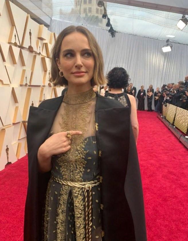 Платье Натали Портман На Оскаре