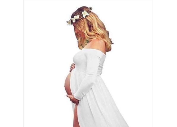 Найден лучший отзыв на платье для беременных. Его оставил мужчина, но не поверить ему нельзя (всё дело в фото)