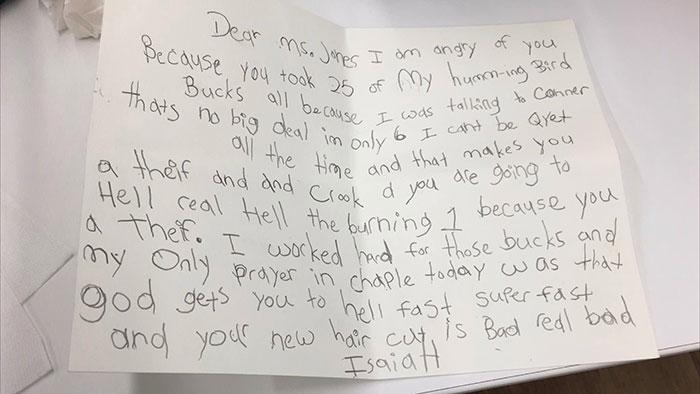 Маму вызвали в школу из-за письма её сына учителю. У парня забрали самое дорогое, и люди в Сети на его стороне
