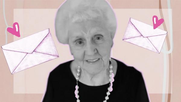 Внучка нашла телеграмму 1954 года и узнала её историю от бабушки. Оказалось, в письме - любовь длиной в 60 лет