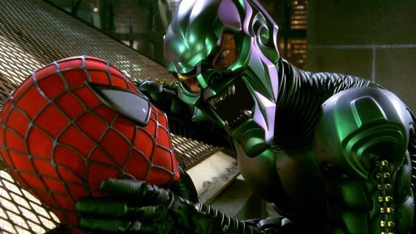 Зелёный Гоблин погнался за Спайдерменом, но прилетел в мемы 18 лет спустя. А всё благодаря своей пятой точке