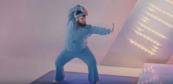"""Главный мем клипа UNO от Little Big - танцор в голубом. Зрители уверены: без него """"Евровидение"""" будет не то"""