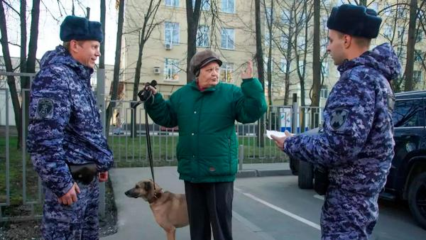 Москва и Подмосковье уходят на карантин. Выходить из дома можно только в магазин, на работу - с пропуском