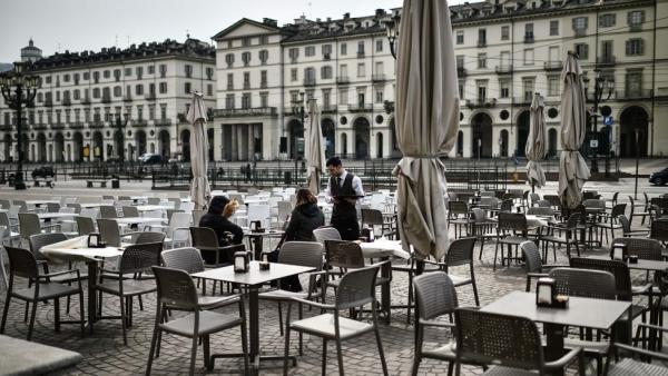 Власти Италии расширили карантин на всю страну. Коронавирус быстро захватывает Европу - зато поутих на родине