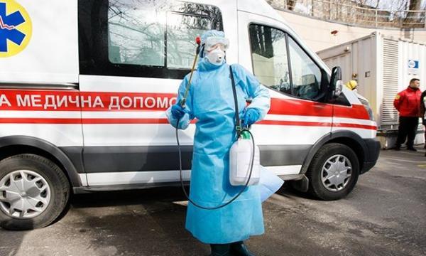 Власти Украины официально ввели карантин из-за коронавируса. В отличие от России