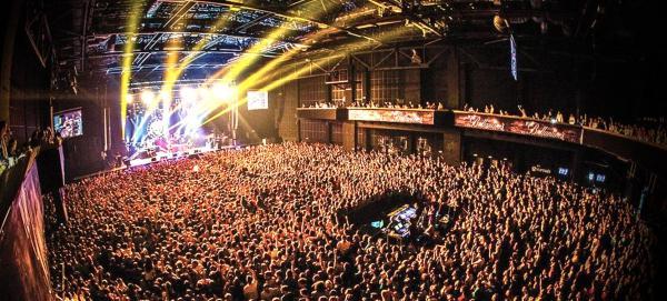 Концерт Scooter в Москве рассчитан на 7 тысяч человек, но пустят всего 5. А всё из-за постановления Собянина