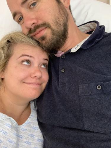 «Мне 31, и у меня был инфаркт». Девушка едва не погибла в День всех влюблённых — из-за лекарства от мигрени