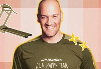 Спортсмен пробежал 42-километровый марафон на карантине и стал героем соцсетей. Ведь сделал это на балконе