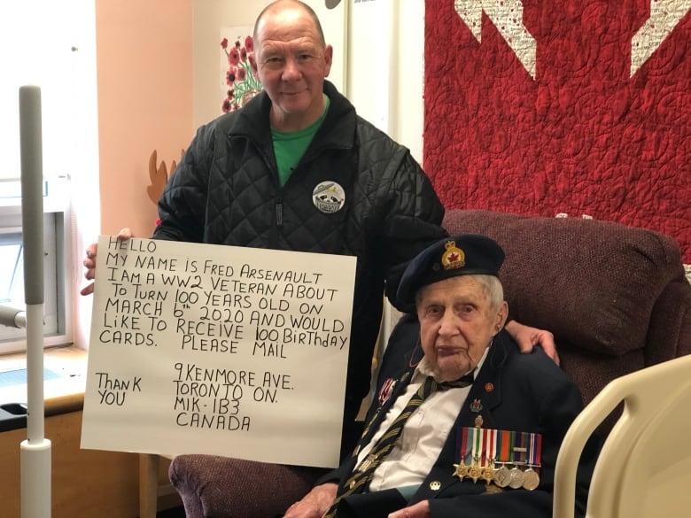 Ветерану исполнилось 100 лет, и он попросил людей о самом малом. А в ответ получил больше 90 тысяч подарков