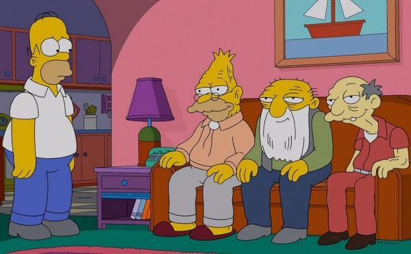 """Бабуля попросила людей не унывать, но её никто не слушал. Пришли """"двачеры"""" и помогли пенсионерке стать звездой"""