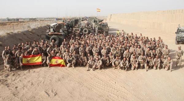 «Они же фашисты». Как тред о новой форме испанских солдат спровоцировал споры о фашизме и феминизме