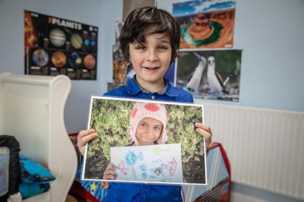Мальчик написал девочке из Йемена, не ожидая ответа, но ошибся. И получил гораздо больше, чем просто отклик