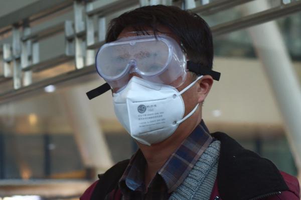 Китай пересмотрел статистику в Ухане - число серьёзно пострадавших увеличилось в 1,5 раза. Люди требуют правды