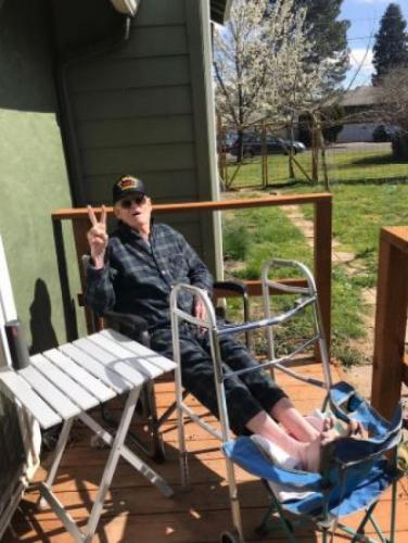 """""""Он довольно хардкорный"""": 95-летний ветеран победил коронавирус"""