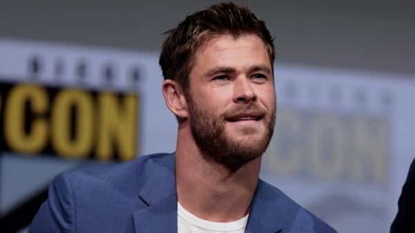 """Крис Хемсворт рассказал, что не скучает без """"Тора"""". Ведь дома у него экстрим, который даст фору любым съёмкам"""