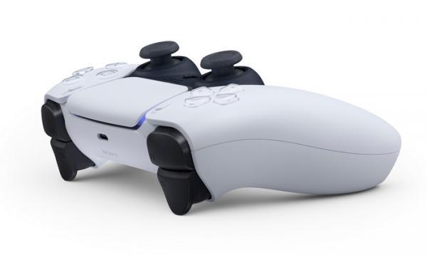 Sony показала контроллер DualSense, и мемоделы были тут как тут. Геймпад напомнил им мультяшку и штурмовиков