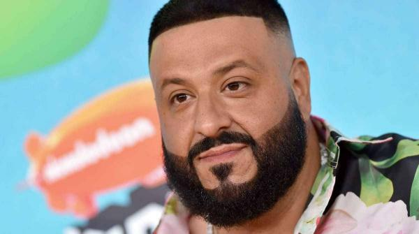 DJ Khaled стал обычным батей на карантине, а ещё - мемом. Вот что со звёздами делают отросшие волосы и седина