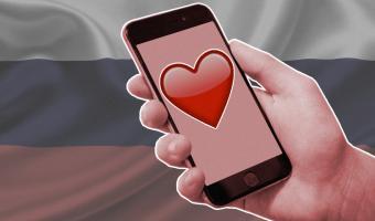 Коронавирус повлиял даже на расклад эмодзи в России. И пусть 2020 год — не ?, но оптимизма людям не занимать