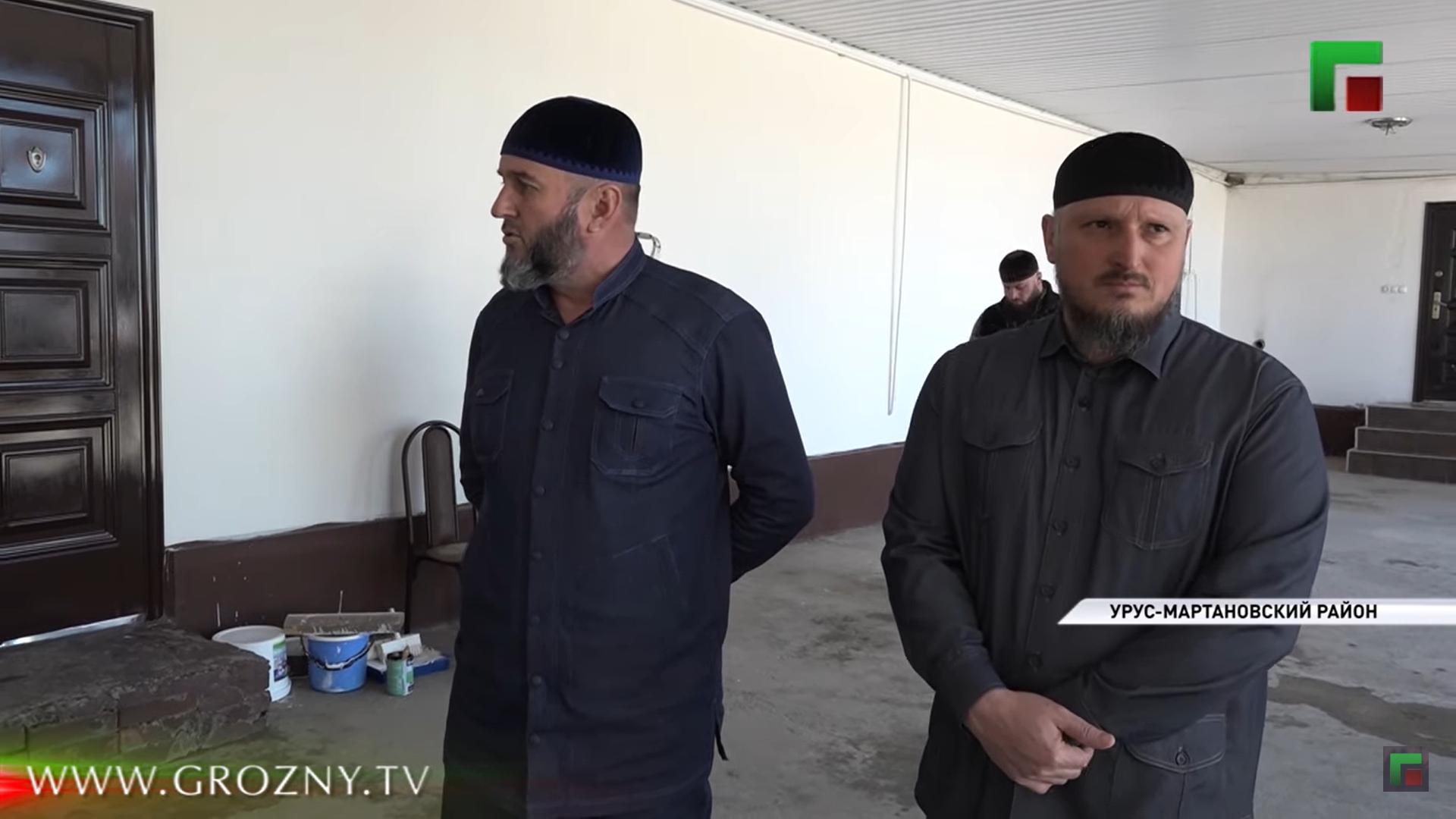 Телеканал в Чечне отчитал женщину за лень и запущенный огород. Она посмела попросить помощи у Кадырова
