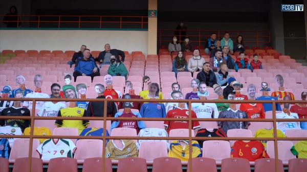 Футбольный матч в Бресте прошёл без зрителей. Но трибуны не опустели - и видео с арены способно лишить вас сна