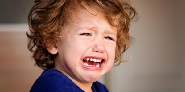 Родители разыграли детей 1 апреля, сказав, что карантин закончен и пора идти в школу. Реакции не подвели