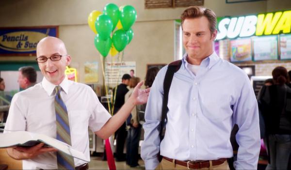 Парень рассказал, что сммщик Subway заменил ему психолога. И люди ему верят, ведь сами испытали похожий опыт
