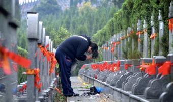 Люди узнали количество умерших в Ухане, и у них много вопросов к Китаю. А китайцы уже отвечают на обвинения