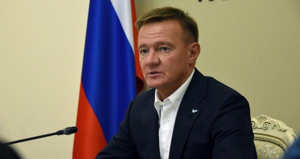 Глава Курской области не объяснил, как платить за ЖКХ на карантине. Видео исчезло с ТВ, но интернет всё помнит