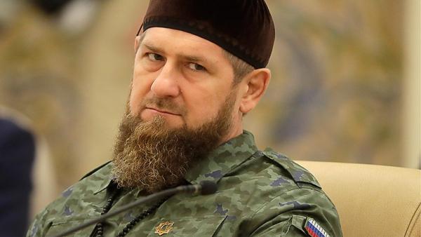 Чечня первой в России ввела комендантский час. Отбой объявят после восьми вечера