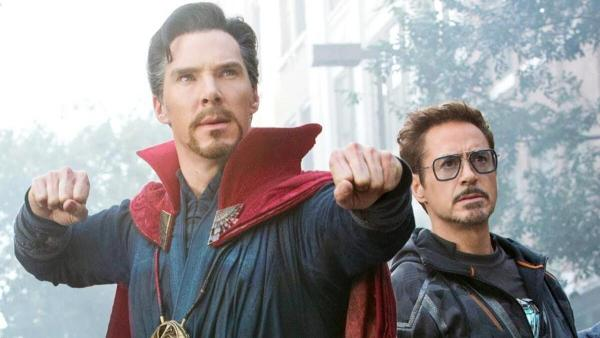 """Сценаристы """"Мстителей"""" показали вырезанный кадр. Фаны в восторге, ведь доктор Стрэндж надел костюм Тони Старка"""