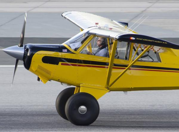 Харрисон Форд выбесил калифорнийских авиадиспетчеров. Он чуть не устроил катастрофу на своём самолёте
