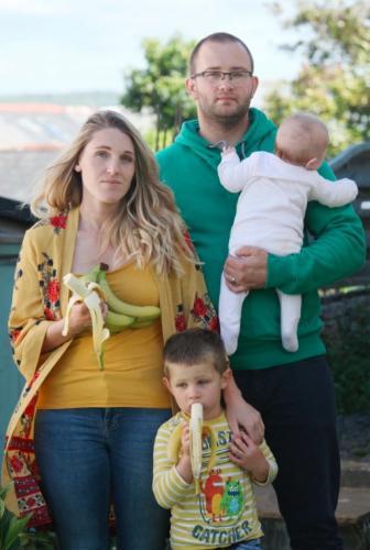 Семья купила бананы, но после такой покупки сбежала из дома. Внутри сюрприз - и он смертельно опасен