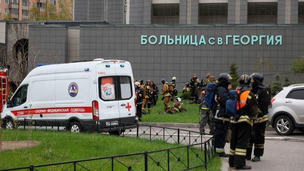 В Петербурге из-за пожара в больнице погибли пять человек. Причиной мог стать аппарат ИВЛ - и не в первый раз