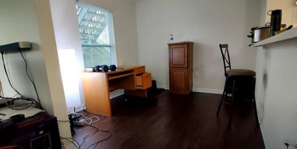 Парень показал, как преобразил захламлённую квартиру. Его видео - напоминание, на что способна депрессия