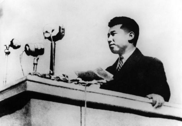 Власти КНДР признали, что Ким Ир Сен не умел телепортироваться. А ведь северокорейцы были уверены: он - Хокаге