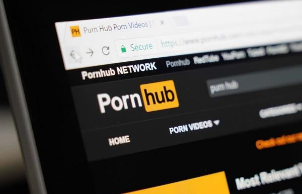 Pornhub похвастал аудиторией и нарвался на критику. Ролики с реальным насилием и детьми люди сайту не простили
