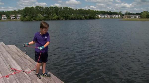 Мальчик пошёл на рыбалку и раскрыл преступление, остававшееся тайной 8 лет. Он закинул удочку в нужном месте