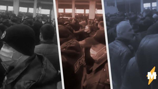 В Сети появились видео с беспорядками в Москве. Сотни мигрантов протестуют против повышения аренды на рынке