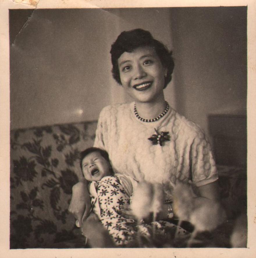 Бабушка парня запрещала ему смотреть её старые фото. Когда он нашёл их после её смерти - стало ясно, почему