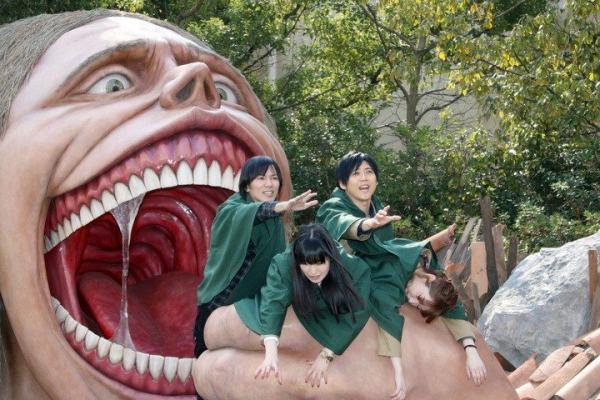 Япония открывает парки аттракционов, но смысла в этом мало. Одно правило - и американские горки испорчены