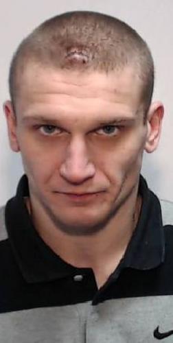 Преступник пошёл на дело и закрыл лицо, но всё равно попался. Ведь ему не стоило хвастать причёской в соцсетях