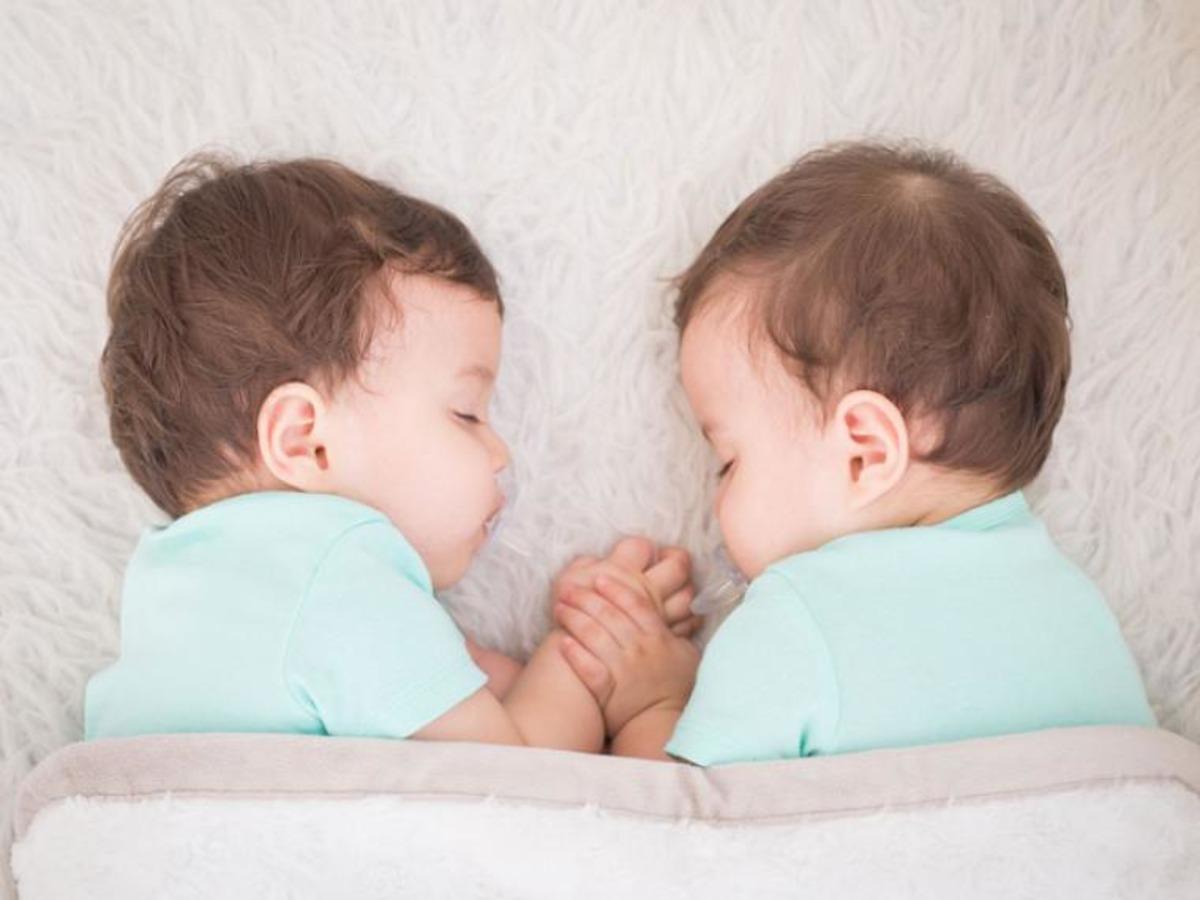 Мужчина узнал, что один из детей-близнецов - не его. И теперь у него вопросы не только к жене, но и к науке