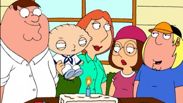 Родители поздравили дочь с днём рождения, но - упс. Судя по торту, они не ждали, что девушка доживет до 19 лет