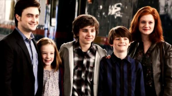 """""""Джеймс Сириус, Альбус Северус. Видите логику?"""" Люди поняли, почему Гарри Поттер не назвал сына в честь Люпина"""