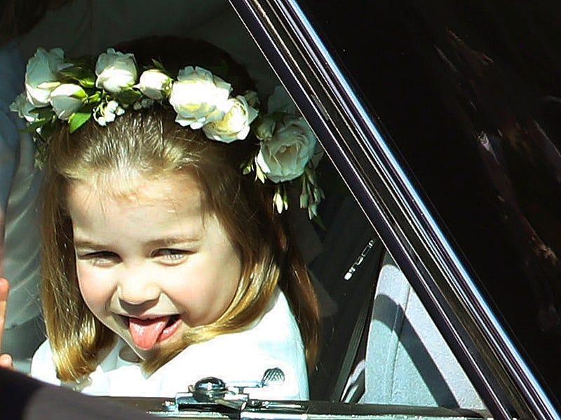 Быть принцессой могут все. Девушка неделю жила как Лотти Кембриджская и узнала – главное, уметь махать ручкой