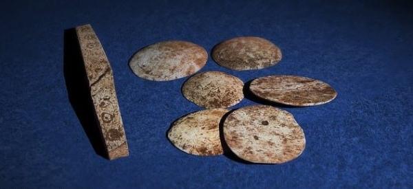 Древние римляне играли в Rome: Total War. Археологи нашли настолку, правилами которой была военная тактика