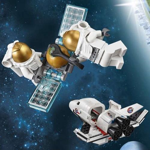Комик искренне мечтал полететь на Луну и обратился в NASA. Ответ пришёл, но он показал чей юмор - космос