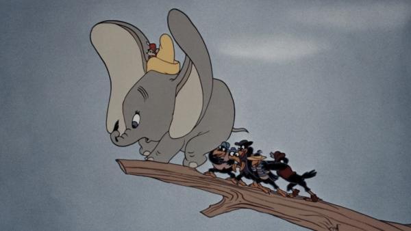 Слонёнка Дамбо отцензурировали. Мультфильм подвели вороны