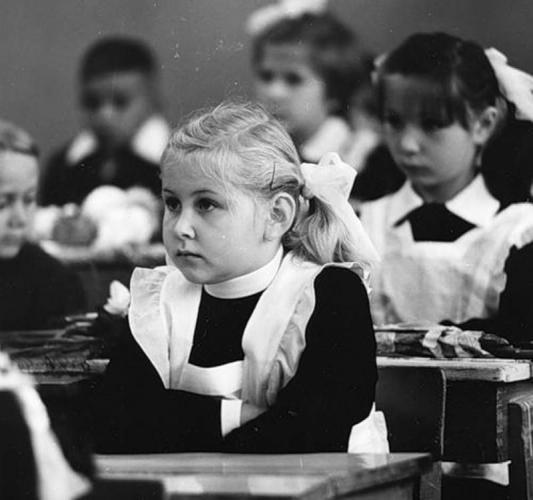 Девушка разыскала любимую учительницу спустя 20 лет. И от их переписки слёзы наворачиваются на глаза