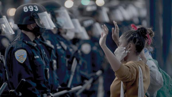 Удушениям от полицейских в США пришёл конец. Но приём, что убил Джорджа Флойда, всё же останется в арсенале
